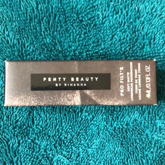 Fenty Beauty Other - Long wear foundation